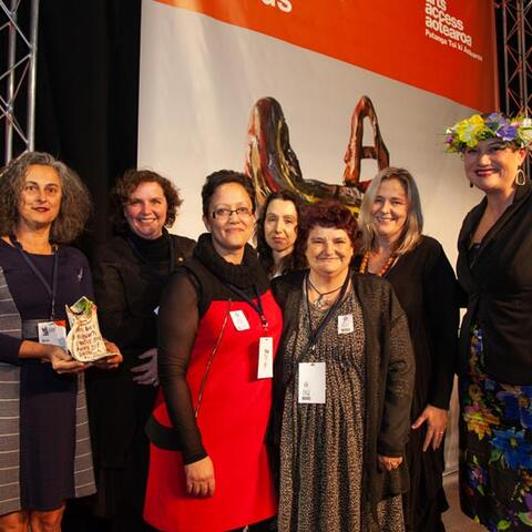 Minister Carmel Sepuloni presents the Arts Access Holdsworth Creative Space Award 2018 to Otautahi Creative Spaces, Christchurch Photo: Vanessa Rushton Photography