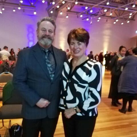 Richard Benge, Arts Access Aotearoa, with Te Papa board member Fran Wilde