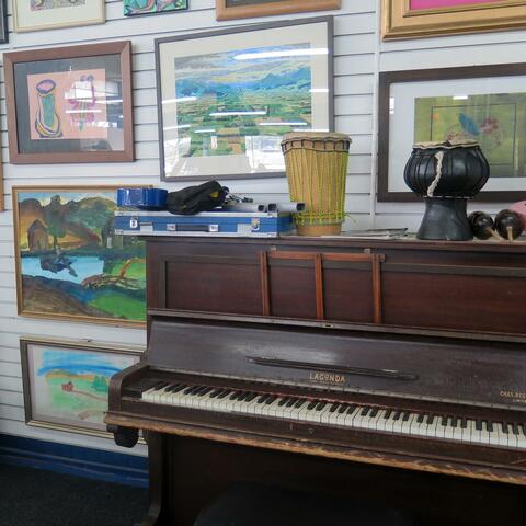 Music and art at Artsenta in Dunedin