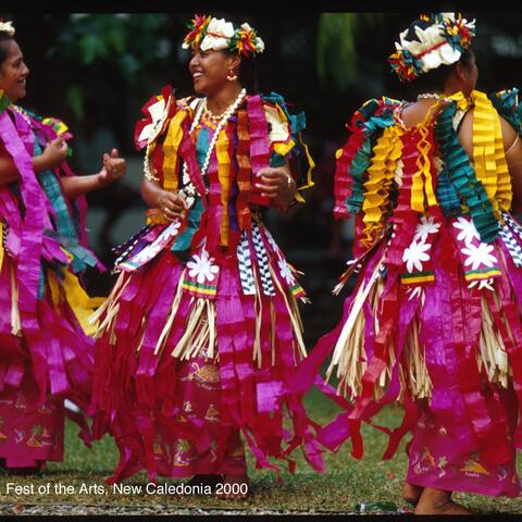 Tuvalu dancers 8th festival of the arts, Noumea, New Caledonia 2000
