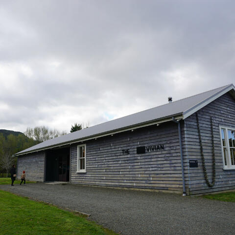The Vivian Gallery, Matakana.