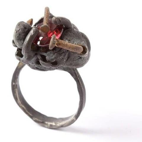 Image: Karl Fritsch, Ring 2011. Silver, steel, garnet, dimensions variable. Courtesy of the Artist and Hamish McKay Gallery, Wellington.