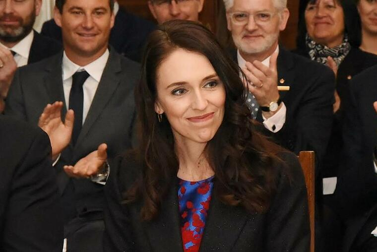 Jacinda Ardern at the centre of her newly sworn in cabinet. Image Wikimedia from Governor-General of New Zealand.